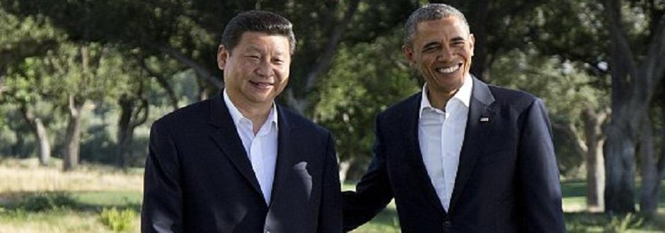 """""""Big Brothers"""" Obama, Xi Jinping, gut gelaunt beim Cyberwar-Gipfel am 9. Juni 2013 in Sunnyland, Kalifornien - beim Bespitzeln ihrer eigenen Völker und des Rests der Welt sind sie sich einig!"""